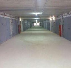 Капитальный гараж в комплексе