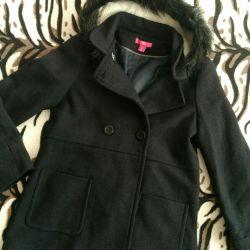 New branded coat for girls