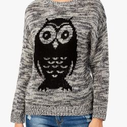 NEW Jumper with FASHIONABLE large print