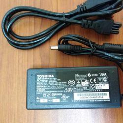 Νέος φορητός φορητός υπολογιστής TOSHIBA