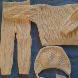 New snow white suit (hand knitting)