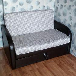 Νέος διπλός καναπές-κρεβάτι.