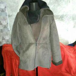 Sheepskin coat, sweatshirt