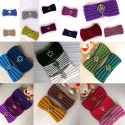 Crochet headband with brooch