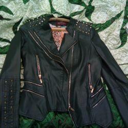 Новая куртка L