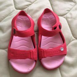 lastik sandaletler