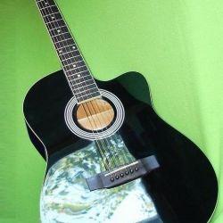 Ακουστική κιθάρα 4/4 (νέα) + κιτ