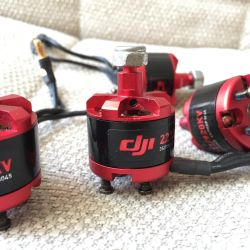 DJI 2212 / 920KV quadcopter motors