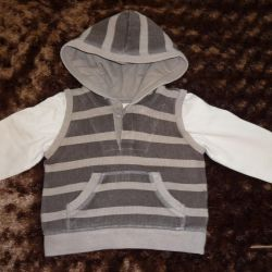 Long sleeve with a hood 12-18 months.