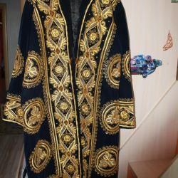 Uzbek bathrobe