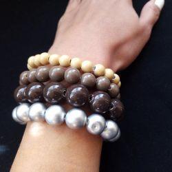Handmade bracelet made of brown beads