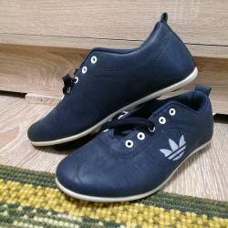 Pantofi sport noi / piele artificială