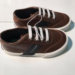 New sneakers original Hilfiger