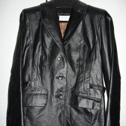 Black leather jacket, 44-46
