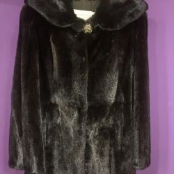 Mink coat, with a hood and a belt, straight.