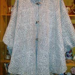 Poncho coat. 48-54 times.
