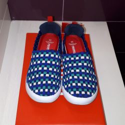 Νέα αθλητικά παπούτσια Reyma και Viking