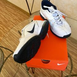 Sneakers in good condition