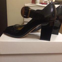 Παπούτσια R & RENZI