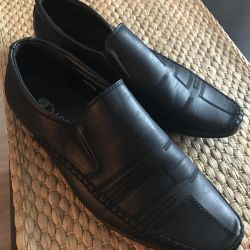 👞 shoes for men on the boy