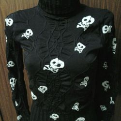 Two Turtlenecks black with a print