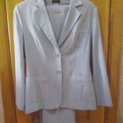Trouser suit