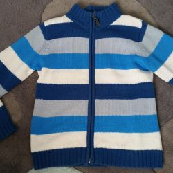 Jacket with zipper. 7-8 years