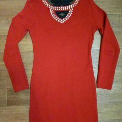 Новое платье 42