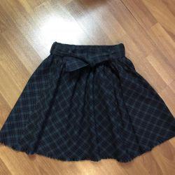 Skirt Zara girls, 140