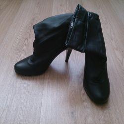 Μπότες αστραγάλου με μπότες