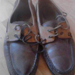 Mans footwear