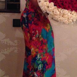 Gizia φόρεμα στο πάτωμα