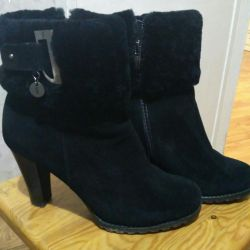 Χειμερινές μπότες για γυναίκες