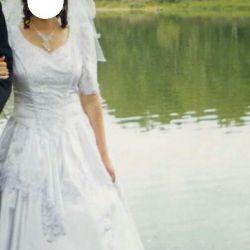 Свадебное платье р.44-46