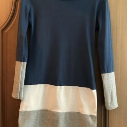 Knitted dress with long sleeve