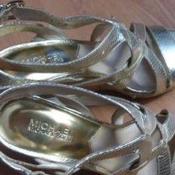 MK sandalet