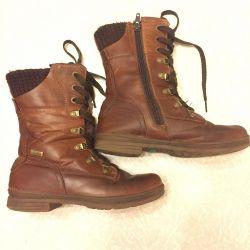 Leather stylish shoes
