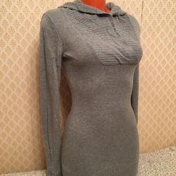 Rochia-tunica este moale, caldă, fără piercing în general, 44-46