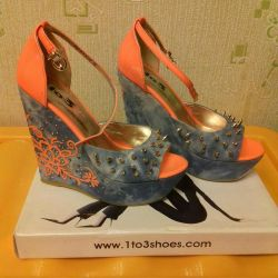 Wedges, 38, nou