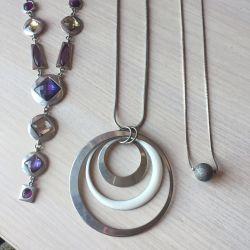 Necklace suspension