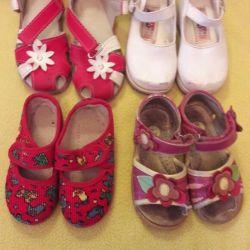 Παπούτσια, σανδάλια 4παλά, τιμή για τα πάντα.