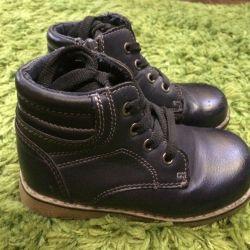 Ботинки 25 размер , стелька 15 см