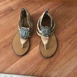 İtalyan sandalet