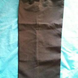 Pantaloni pentru copii clasici pentru un băiat