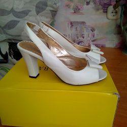 Sandals 37.5