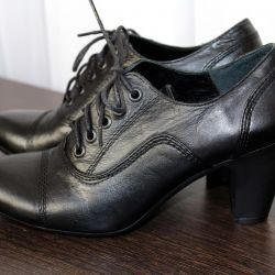Ankle boots leather 35 size