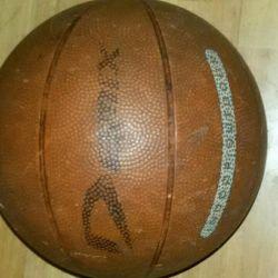 Мяч баскетбольный б/у.