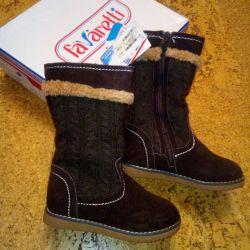 Νέες χειμωνιάτικες μπότες tm Favaretti r. 28