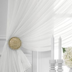 White veil curtain
