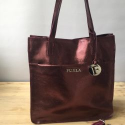 New bag Furla natures. burgundy metallic leather